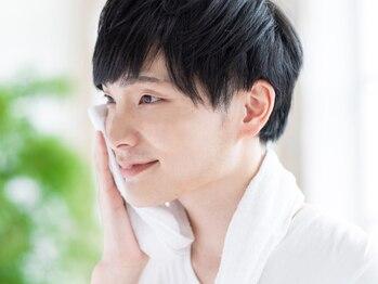 リリアーナ アサヒカワ(LILIANA ASAHIKAWA)の写真/【痛みが少ない×通いやすい】メンズヒゲ脱毛が大好評です/カミソリ負けや肌荒れ改善にも大満足の集中ケア