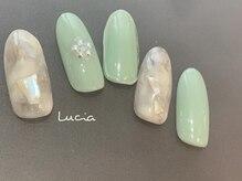 ルチア(Lucia)/ミントグリーンニュアンスネイル