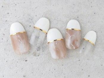 アリュー ネイルアンドアイラッシュ(Allu Nail&EyeLash)の写真/【キレイ系デザイン定額(初回オフ込)/ワンカラーorラメグラorカラグラ】パラジェルのご用意も♪