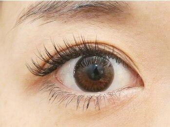 """ポルタート アイ(Portaat eye)の写真/""""カールアップラッシュ""""で自まつ毛を矯正!根本からまつ毛をグイッと持ち上げ、上向きぱっちりカールに☆"""