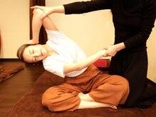 リラクゼーションサロン スアイ(SUAI)の雰囲気([タイ式マッサージ]呼吸に合わせてじっくりと伸ばしていきます!)