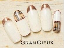グランシュクアトロ 千葉店(GranCieux × QUATRO)/バーバリー風チェック×ミラー