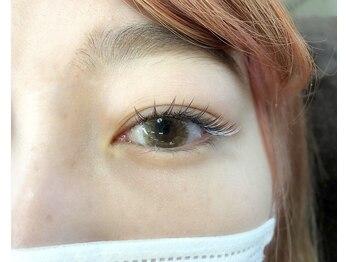 ワヴアイラッシュ(WUV eyelash)の写真/お客様1人1人に合わせたデザインをご提案。ナチュラルにも印象的にも♪理想のイメージをお伝えください♪