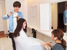 トータルビューティーサロンならではのヘアと同時施術が可能!