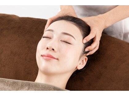 目の美容院川越アトレマルヒロサロンの写真