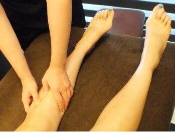 烏蘭 ペルラスパ(Perla SPA)/アロマでひざ下のリンパも流す!
