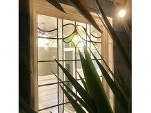 ニューイメージビューティサロン(NEW IMAGE BEAUTY SALON)の雰囲気(明るい日差したっぷりのプライベートルーム♪)