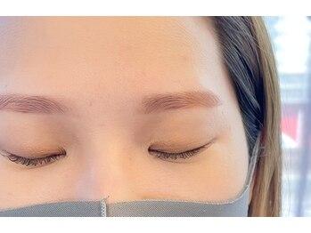 ダフネ(DAFNE)/色味楽しむ眉カラーと眉毛wax