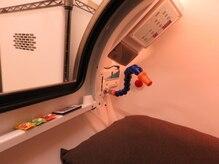 水素浴サロン 中目黒店の雰囲気(酸素と水素を同時に取り込める特許取得のカプセル)