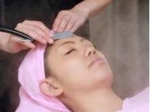カルム(Calm)の雰囲気(シェービングで化粧水の浸透が良くなりゆでたまご肌に導きます♪)