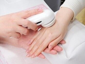 サロン ド アリエージュ(salon de Ariege)の写真/手元の乾燥やシミ・しわ改善におすすめ★手元のエイジングケアですべすべ若見え肌へ導きます♪