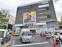新宿駅東口からの道順1