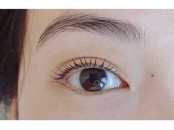 リーフオレンジアイラッシュ(leaf orange eyelash)(大阪府大阪市都島区)