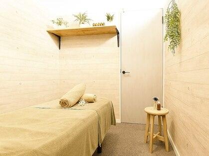 〈アロマ/黄土よもぎ蒸し/もみほぐし〉Relaxation Salon  totoron