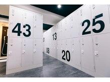 クラブボクサー ナンバ(clubboxer Namba)の雰囲気(清潔なロッカールームはシャワーやドライヤー等を完備)