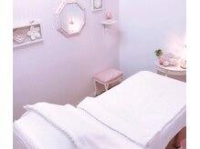 ディオーネ 一宮店(Dione)の雰囲気(お部屋のベッドです。ゆっくりとおくつろぎ下さい♪)