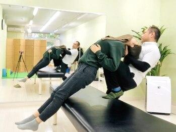 ストレッチスタジオ エボ(EVO)の写真/1対1で施術を行うパーソナルストレッチで身体を根本から改善!姿勢美人へ♪【EVOストレッチ初回60分¥4200】