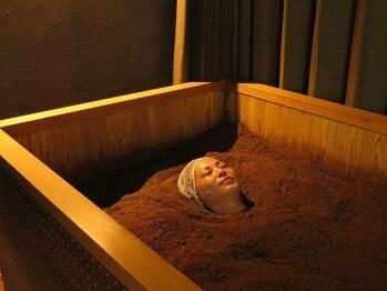 酵素浴5 ささしまライブ店の写真/米ぬか酵素風呂で大量発汗&温活★オールハンド小顔マッサージが驚きの500円!ぜひご体感ください♪