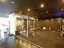 リズ フルール トレーニング スタジオ(Riz Fleurs training studio)