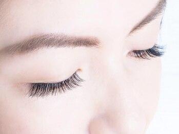 オリアイラッシュ(oli eyelash)の写真/《大人気》眉の似合わせカット☆骨格やお顔立ちに合わせたカットでお顔の印象が変わる!褒められ美眉に♪