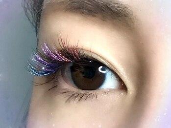 サロン ド プリゼ(salon do Purize)の写真/【イルミナラッシュ導入サロン☆】目元に個性を出したい方にお勧め!ラメエクステで上品な輝きを楽しんで♪