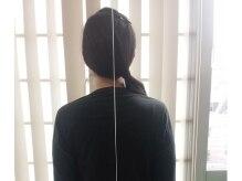 仙台中央整体院の雰囲気(後姿は気づかないもの。。。下げ振り糸で垂直の歪み確認!)