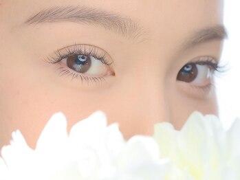 ダイヤモンドアイズ 渋谷マークシティ店(DIAMOND EYES)の写真/ビューラーいらず☆デザインラッシュリフトでナチュラルぱっちりEyeに☆美容液で理想的な美まつ毛へ♪
