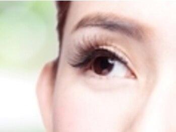 エイト アイラッシュ 上尾店(eight eyelash)の写真/パッチリ理想のお目元はeight eyelashで☆ボリュームはあるけどつけまつげのようにならないのが魅力♪