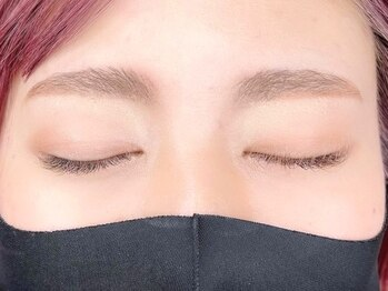 アイプレイエヌ インザラフ(eyeplayN...in the laf)の写真/【眉毛パーマ+カット+WAXで整った美眉に☆】お得なセットメニューでお顔全体の印象UP♪まつ毛パーマとも◎
