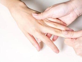 ネイルエルーシェ 立川店(Nail Ercher)の写真/日常的に丁寧なケアを続けることで、荒れてしまった爪周りの状態を改善◎気になる乾燥・ささくれ対策に。