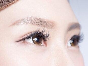 エイト アイラッシュ 上尾店(eight eyelash)の写真/《人気急上昇☆上尾》ボリューミーなまつ毛で、目元の印象UP♪どこから見ても美しい仕上がりに◎