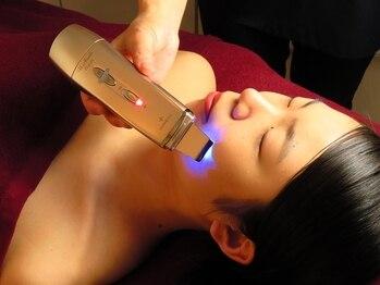 オヒサマ(Ohisama)の写真/【肌をキレイに★シェービング+フェイシャルマッサージ120分¥5500】定期的な角質ケアでキメ細かい美肌へ♪