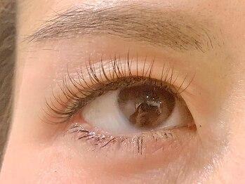 クランド(curando)の写真/まつ毛のお悩みを考慮しつつ、目の形に合わせて魅力を引き出す!似合わせデザインで褒められる瞳に…♪