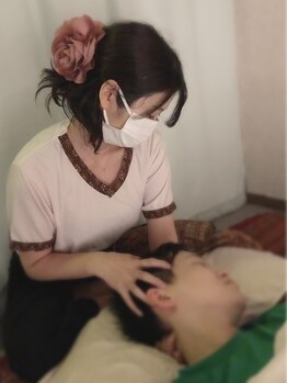 ポーンマッサージサロン(Porn Massage Salon)の写真/【ヘッドスパ30分+タイ古式60分¥6800】眠ってしまうほどの心地よさ◎タイ古式との組み合わせで疲れ解消♪