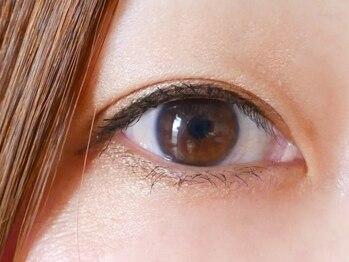 """まつげネイルサロン ミルク(MILK)の写真/【NEW OPEN】《パリジェンヌ¥6000》快適なつけ心地で美しい瞳をキープ!いつでも""""かわいい""""の最高を更新♪"""