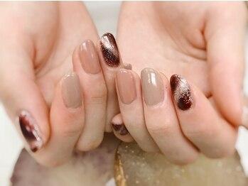 ネイルズ スペース グリッター(NAIL'S SPACE glitter)の写真/シンプルだからこそ周りと差をつける♪お爪をいたわる自爪を削らないジェルもご用意ございます!