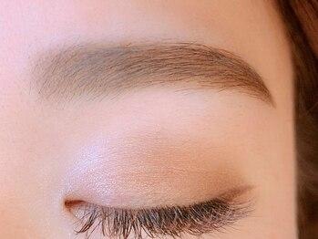 アイクイーン(Eye queen)の写真/【アイブローワックス】骨格やパーツとの黄金比が美眉のルール。似合う眉毛や理想のデザイン叶えます♪