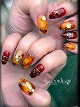 クッキーズ ネイル サロン(Cookies)/秋の手描きネイル