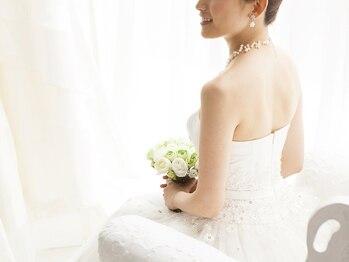 シェービングアンドエステ ブランピュア(Blanc pur)の写真/【憧れのすべすべ肌で最高の晴れ舞台に♪】ドレスやお着物に合わせたシェービングメニューも多数ご用意◎