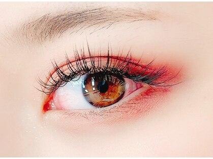 ゴールデンアイ(Golden eye)の写真