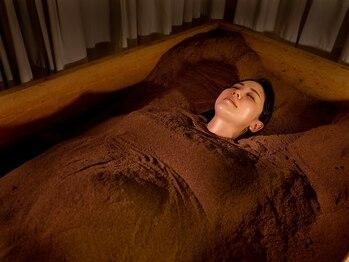 米ぬか酵素浴サロン ブランルーム 自由が丘店(Bran Room)の写真/[慢性的な辛い首・肩コリ改善◎]身体を芯から温め代謝UP!血流を良くしてコリ緩和、疲労回復。免疫力UP!