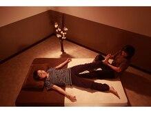 ココタイ ロムエシア(COCOTHAI)の雰囲気(ゆっくりできる♪広々お部屋とマット)