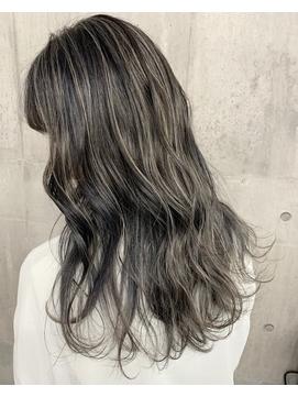 イメチェンかき上げ前髪くびれグレージュハイライトカラー