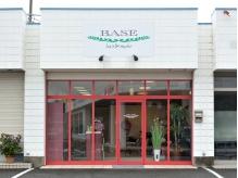 ベース(BASE)の店内画像