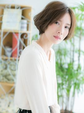 【浅草美容院HANARE】オリーブベージュの小顔ひし形ショ-ト♪a