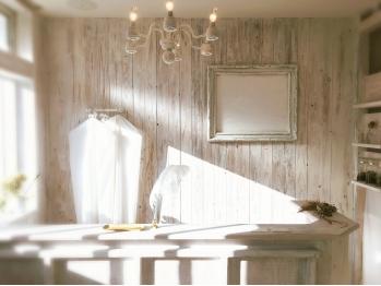 カードル アンド ブラン(cadre and blanc)