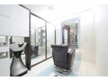 プライベートな空間を約束する完全個室の施術スペース