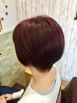 艶髪ローズピンクカラーハンサムショート