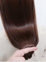 髪質・お悩みに合わせてオーダーメイド♪最上級トリートメント『oggiotto』で柔らかく艶サラな美髪へ!