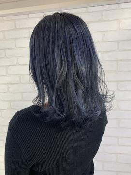 落ち着いた髪に!ブルージュカラー◎
